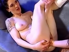 Lesbian gets fast and deep... porn video